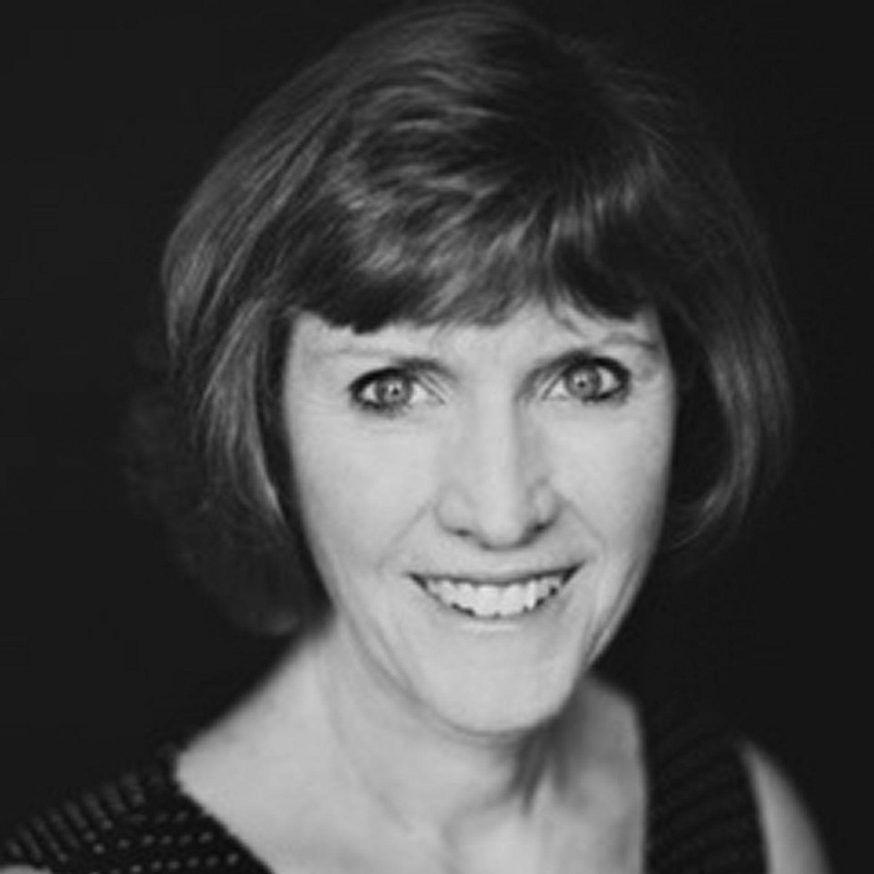 Carole Anderson, Associate Conductor