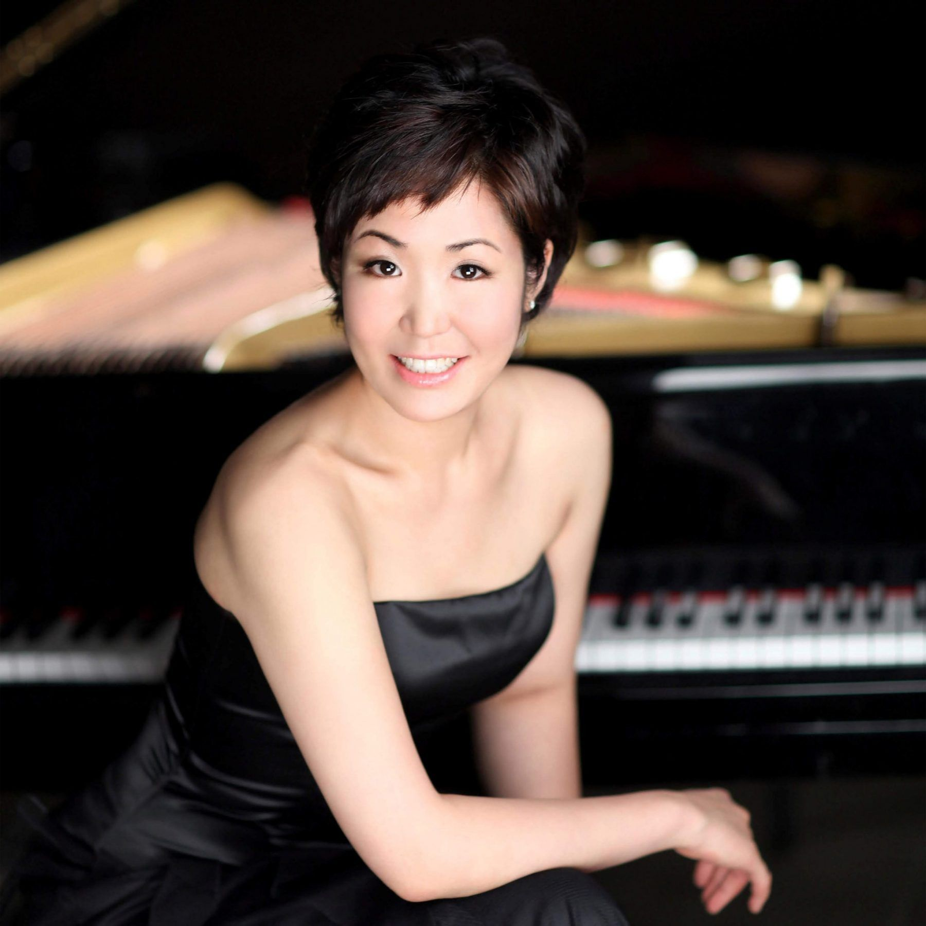 Joy Lee, Accompanist